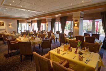 """Restaurant """"Delikat"""" im NordWest-Hotel Am Badepark"""