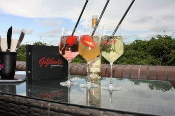 Cocktailbar und Familienrestaurant Giftbude