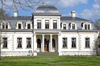 Führung: Kirche – Krypta – Palaisgarten
