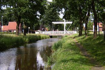Augustfehnkanal & Treidelpfad